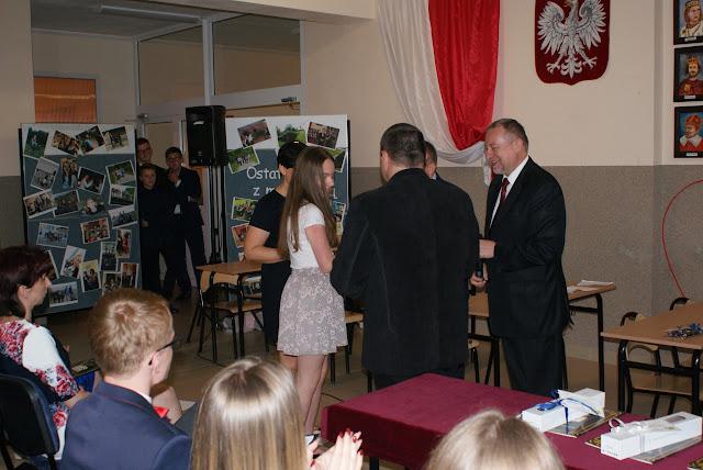 Pożegnanie klas trzecich gimnazjum - DSC06342.JPG
