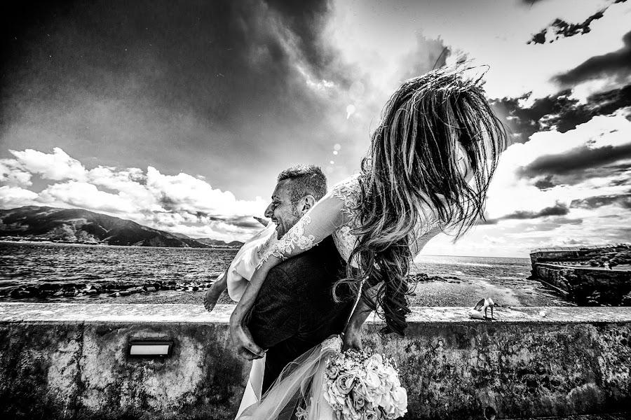 Wedding photographer Giuseppe Genovese (giuseppegenoves). Photo of 22.07.2016