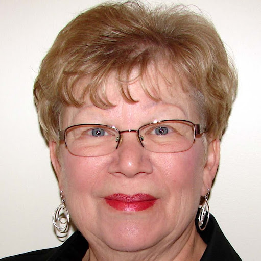 Harriet Koch Photo 5