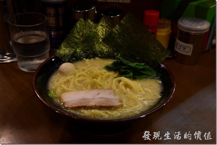 【橫濱家系ラーメン本町商店】(橫濱家族拉麵)鹽味拉麵好吃