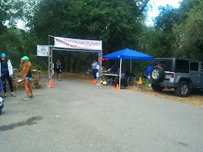 Photo: Second pass at the Blue Jay aid station. 30 miles (50k), in 6h.