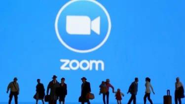 Dilema Pengguna Aplikasi Zoom