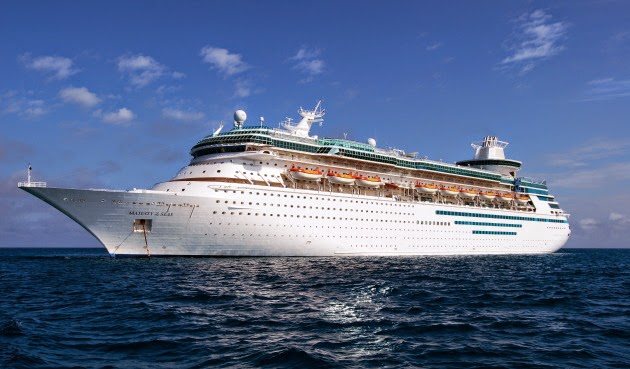 cruise liner in the carribean