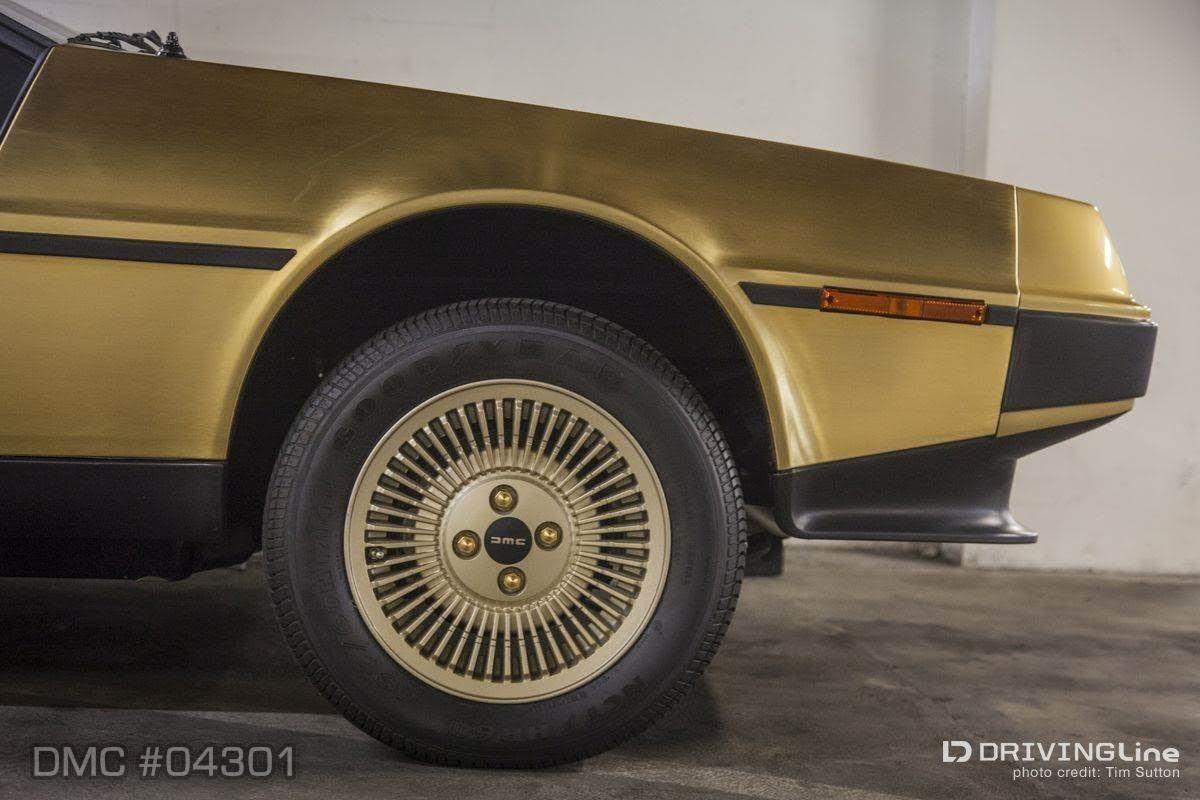 SCEDT26T0BD004301 - 24-karat-gold-delorean-1981-dmc-petersen-automotive-museum-19-wm.jpg