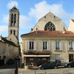 Rue de Paris : tour Saint-Rieul et Eglise Saint-Justin