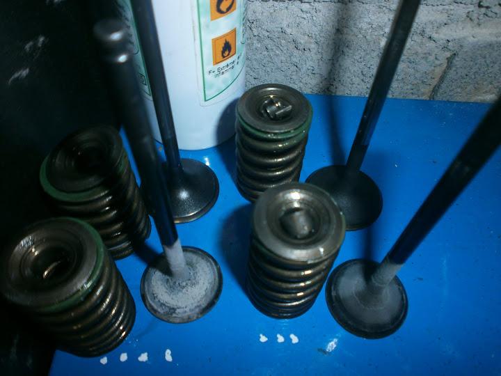 Les moteurs de DR350. P9180002