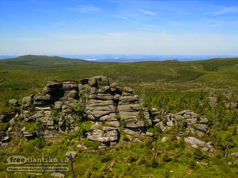 jizera-druhy-vrchol-v-pozadi-hreben-polednich-kamenu