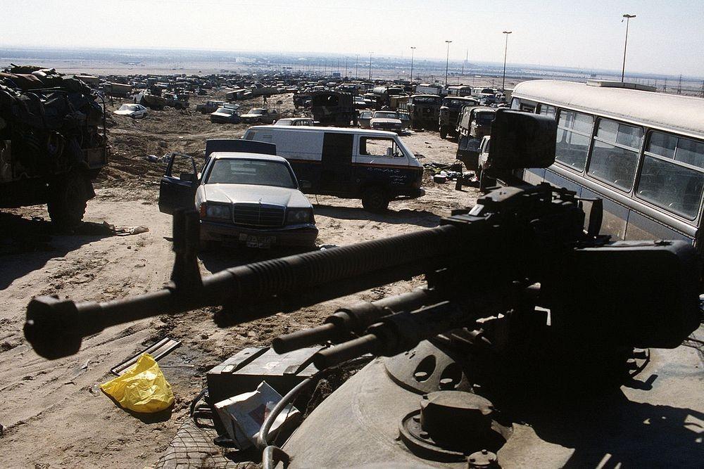 highway-of-death-iraq-6