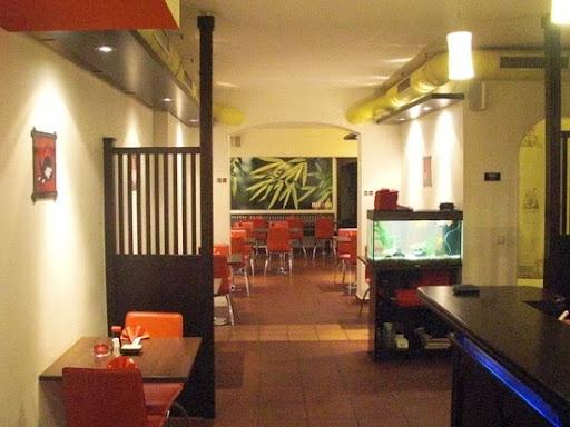 Hitomi Sushi Wok Noodle, Praterstraße 30, 1020 Wien, Österreich, Sushi Restaurant, state Wien