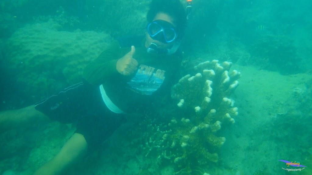 family trip pulau pari 090716 Pentax 26