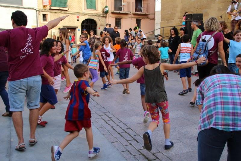 Festa infantil i taller balls tradicionals a Sant Llorenç  20-09-14 - IMG_4278.jpg