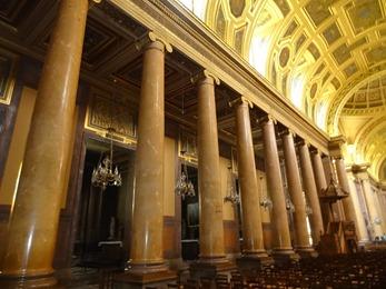 2018.07.01-064 intérieur de la cathédrale Saint-Pierre