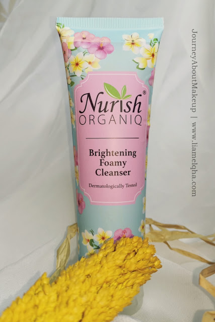 Nurish-Organiq-Brightening-Foamy-Cleanser