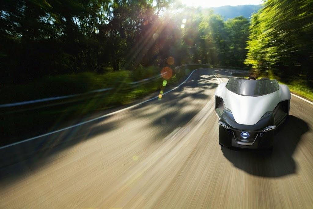 Nissan Bladeglider Concept 15