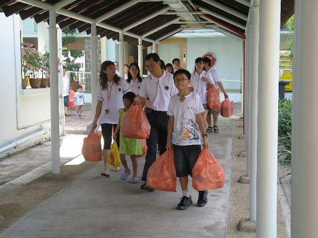 Trip - KWSH Charity 2007 - KWSH%2B-%2BCharity20.JPG