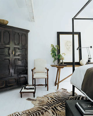 I Do Not Love It When People Put Their Zebra Rug At The Wrong Angle. Its  Very Important Not To Do This. Its Easy NOT To Do This. Look: