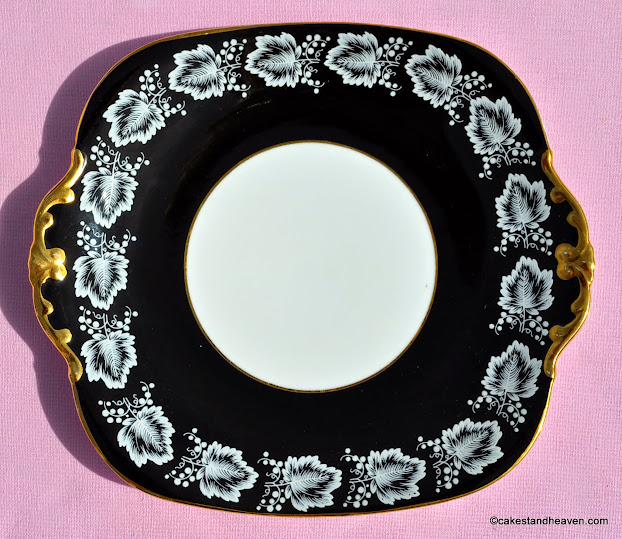 Windsor black and gold vintage cake plate