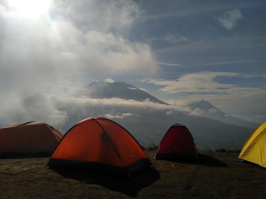 Tenda di Gunung Andong