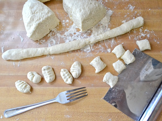 shape pasta