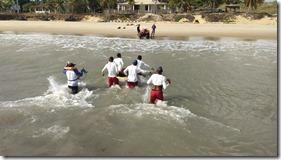 Transporte da vítima até a praia