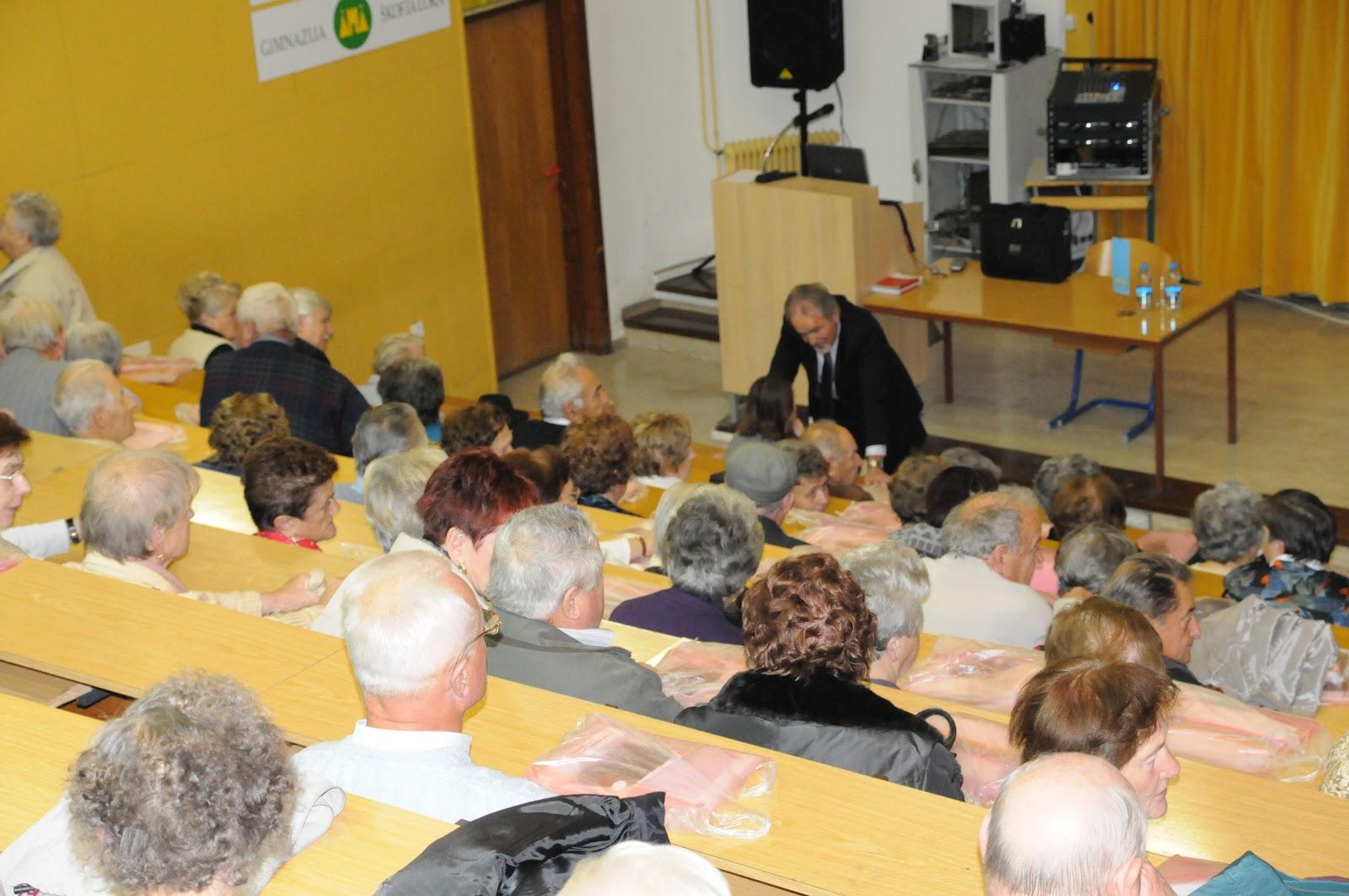 Predavanje, dr. Camlek - oktober 2011 - DSC_3857.JPG