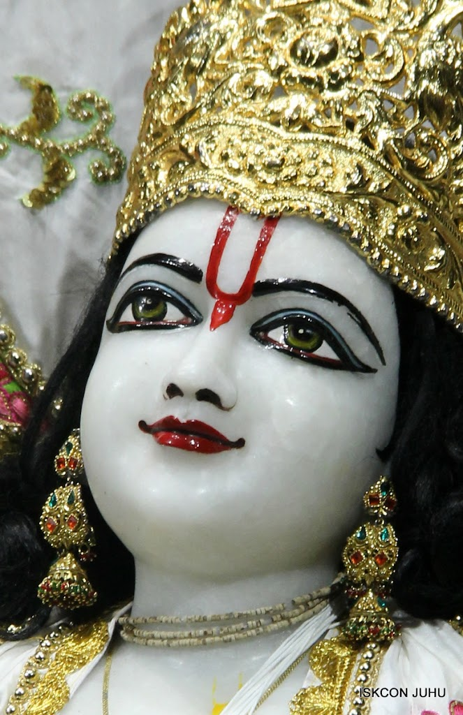 ISKCON Juhu Mangal Deity Darshan on 4th June 2016 (28)