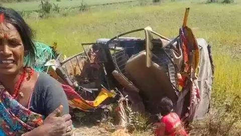 टेंपो और ट्रक के बीच हुआ भीषण भिडंत, 9 लोगों की हो गई मौत....