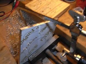 アルミ板と糸鋸