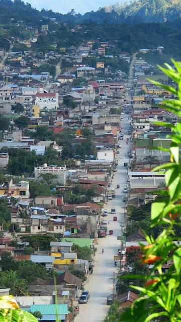 Avenida principal de Barillas