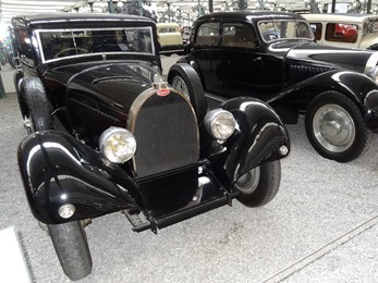 2017.08.24-164.1 Bugatti limousine Type 46 1930