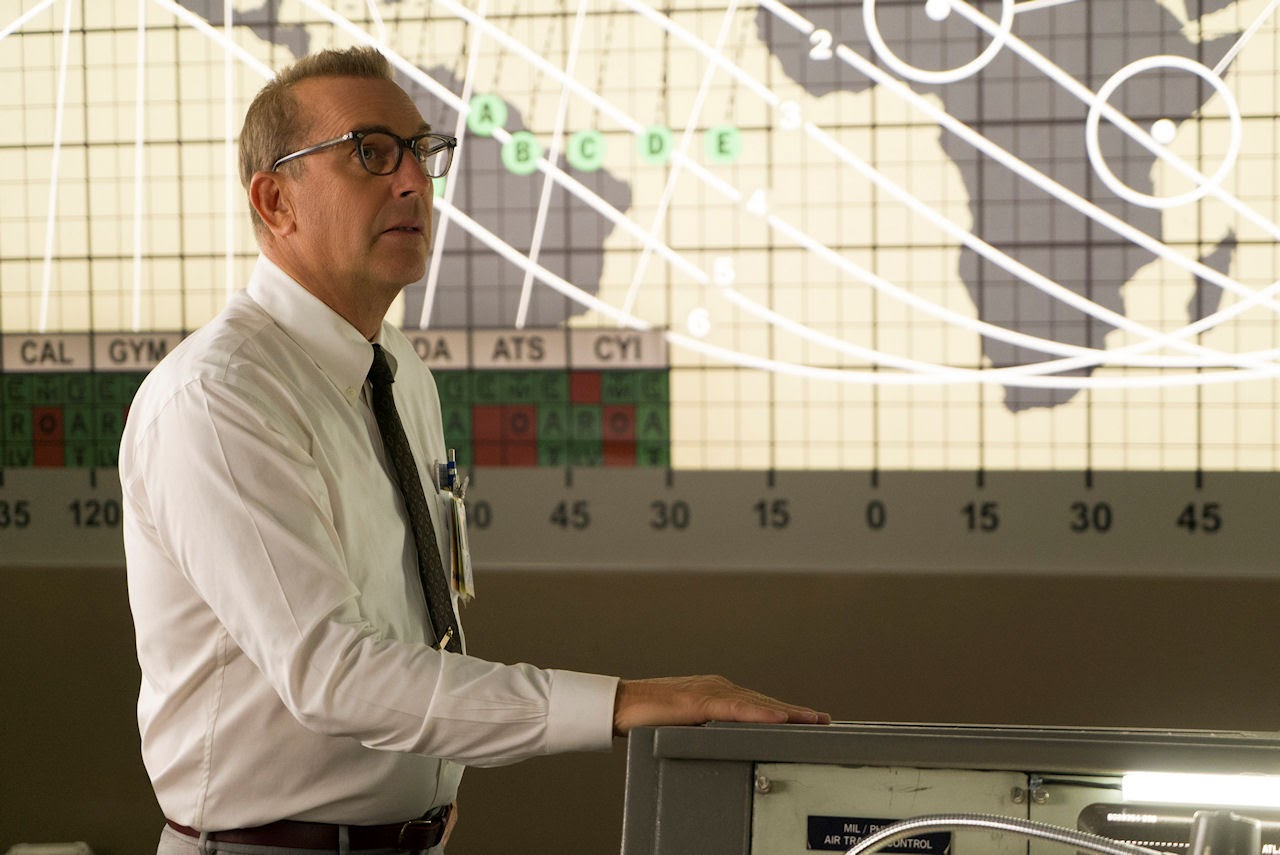 Kevin Costner stars as NASA official Al Harrison, in HIDDEN FIGURES. (Photo: Hopper Stone / 20th Century Fox)