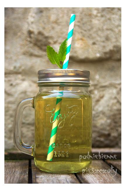 Herbata pokrzywowa z nutką melisy