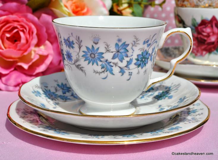 Colclough Braganza vintage teacup, saucer, tea plate