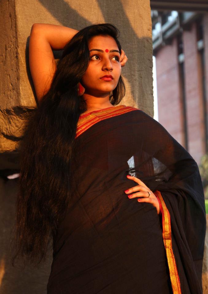 Actress Rajisha Vijayan Hot Photos
