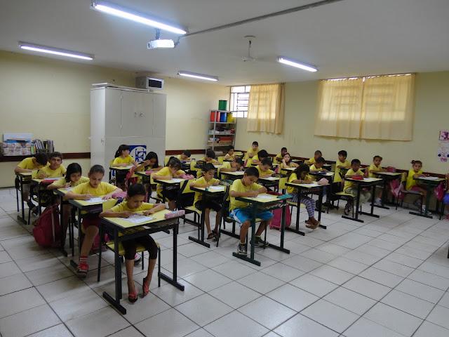 Alunos do 2º ano realizam última atividade do ano sobre a Dengue
