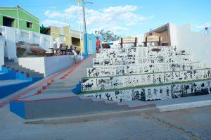 Moradores da Rua Severino Simões agradecem ao prefeito Éden por obra diferenciada de calçamento e acessibilidade