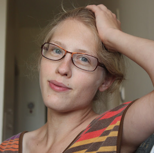 Laura Szymanski Photo 13