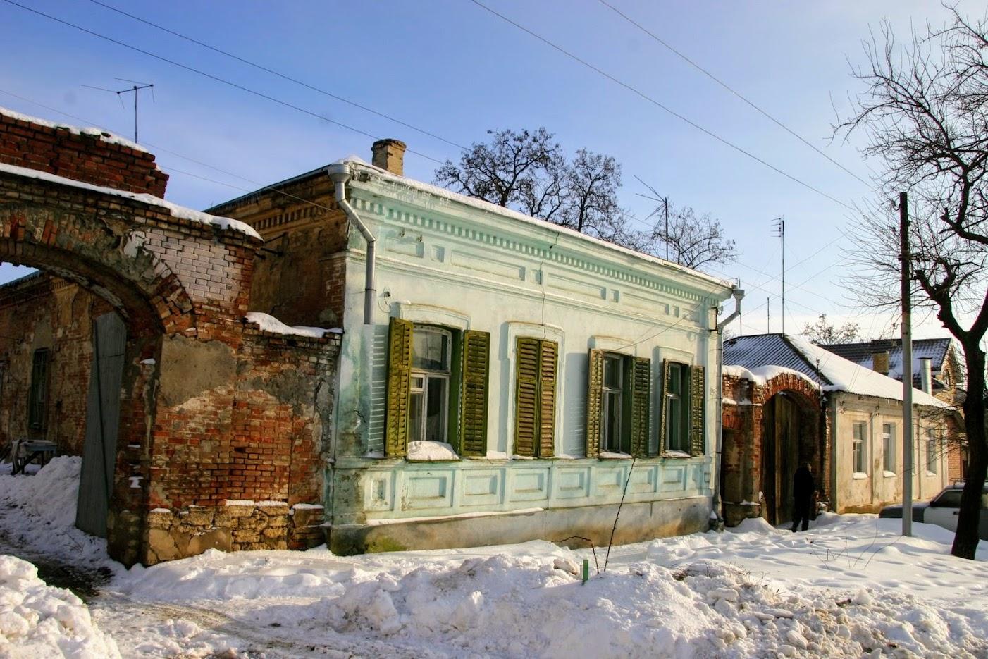 https://sites.google.com/site/istoriceskijtaganrog/dobrolubovskij-pereulok/dom-37