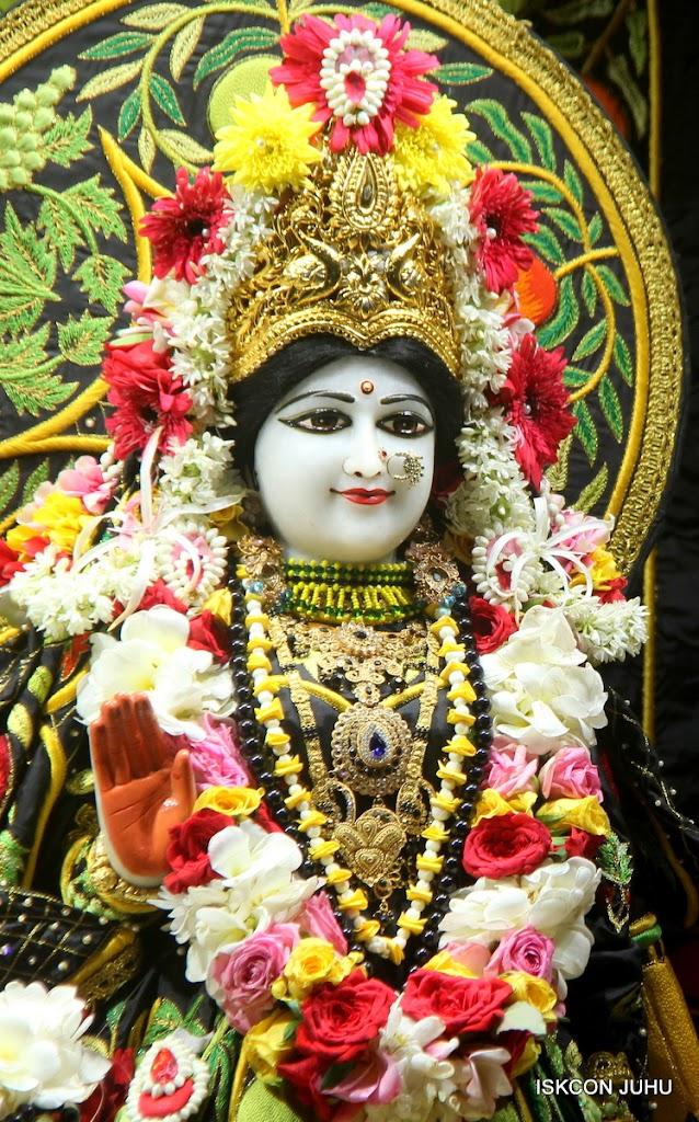 ISKCON Juhu Sringar Deity Darshan on 2nd July 2016 (14)