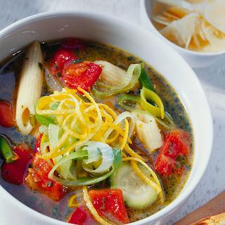 Gemüseeintopf mit Nudeln