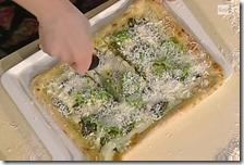 Pizza con pesto fresco fiordilatte e basilico