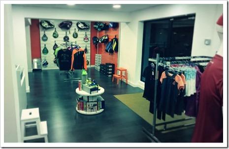 Padel Nuestro abre su primera tienda de padel en el centro de Madrid.