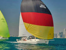 J/105 sailing under spinnaker off Chicago