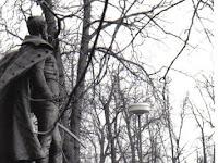 10 A Klapka-szobor felavatása 1965-ben az Angol-parkban.jpg