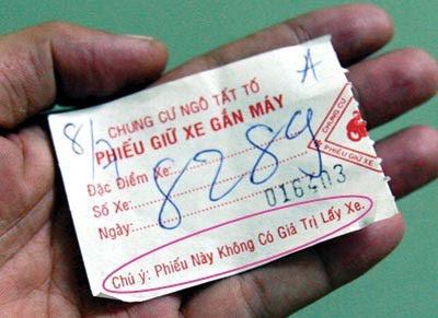 Vé gửi xe nhưng lại không có giá trị lấy xe.