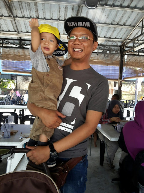 Raya di Mee Udang Mak Jah Kuala Sepetang Port well
