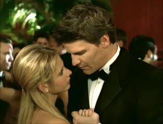 Buffy%2Bprom.jpg
