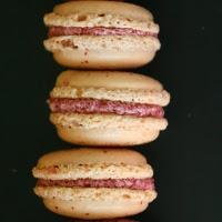Heidelbeer-Macarons