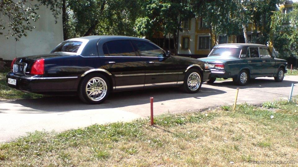 Lincoln Car 2001
