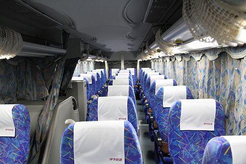 伊予鉄道「オレンジライナーえひめ号」 車内